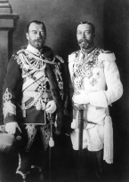 King George V (left) with his cousin Czar Nicholas II