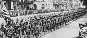 american troops arrive in England