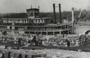Cotton steamer on the Mississippi
