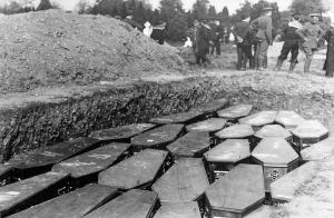 Lusitania Mass grave at Queenstown (Cobh) for Lusitania dead