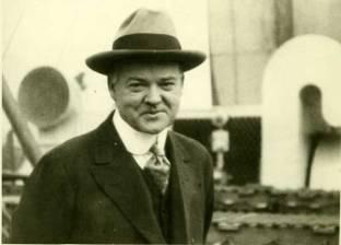 Herbert Hoover manoeuvred into position to control Relief for Belgium.