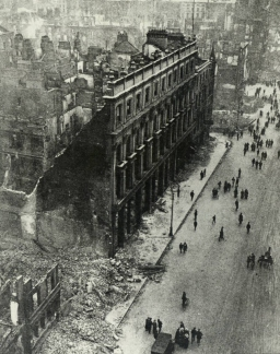 Ruined Dublin after the Easter Rising