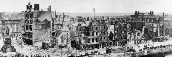Dublin City Centre in ruins, May 1916