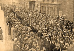 Volunteers parade on St Patrick's Day 1916 in Dublin