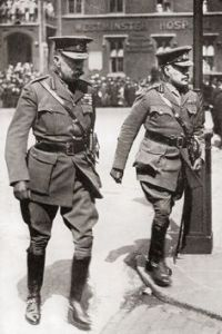 Kitchener and Robertson outside Westminster Hospital in 1916.