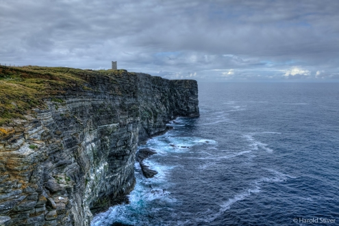 Marwick Head on a quiet evening. In a force 9 gale it is a death-trap.