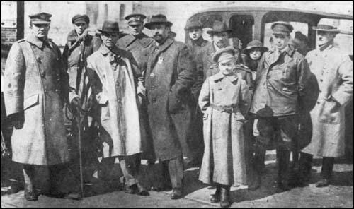 Robins (far left) and Gumberg (second from right- hand side) with members of the provisional government.
