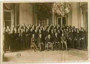 The American Delegation at Versailles. Lansing sits second from left beside President Wilson.